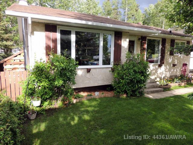 Real Estate Listing MLS 44361