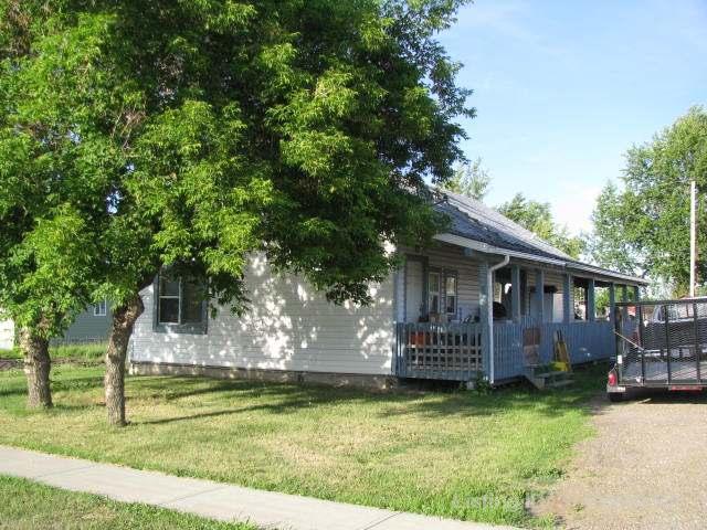 Real Estate Listing MLS 37490
