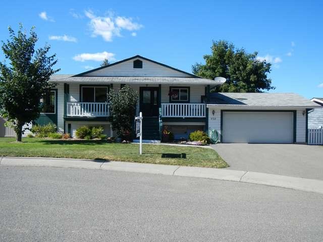 Real Estate Listing MLS 130544