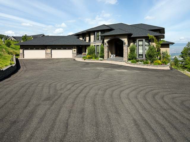 Real Estate Listing MLS 135936