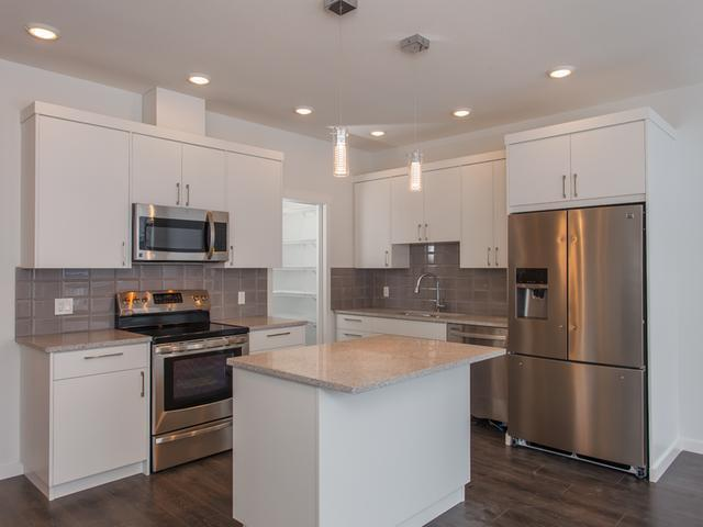 Real Estate Listing MLS 138028