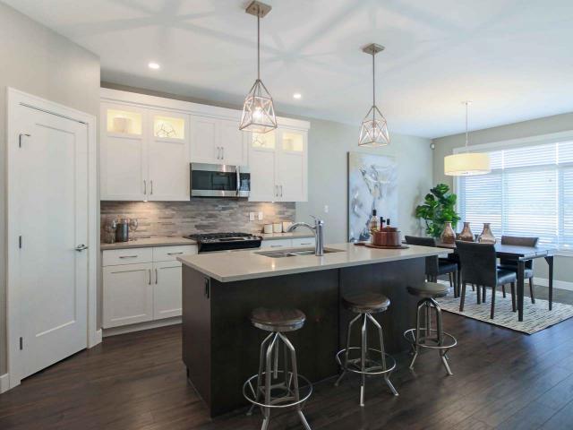 Real Estate Listing MLS 142322