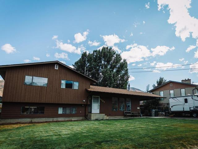 Real Estate Listing MLS 142643