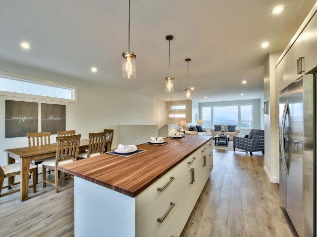 Real Estate Listing MLS 142663