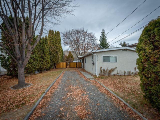 Real Estate Listing MLS 143498