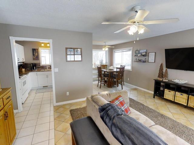Real Estate Listing MLS 143958
