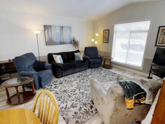Real Estate Listing MLS 143963