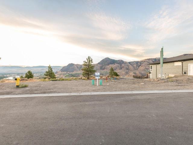 Real Estate Listing MLS 144640