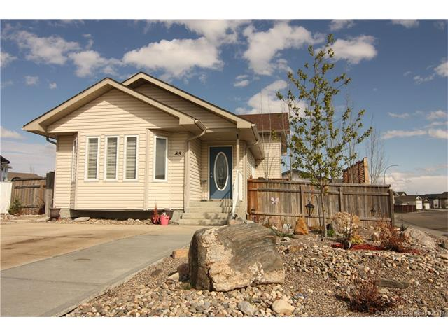 Real Estate Listing MLS 0105317