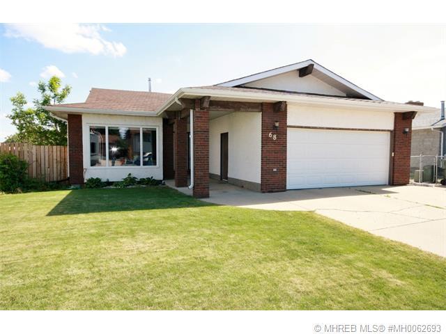 Real Estate Listing MLS 0062693