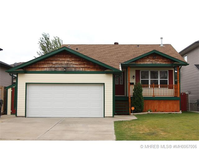 Real Estate Listing MLS 0067006
