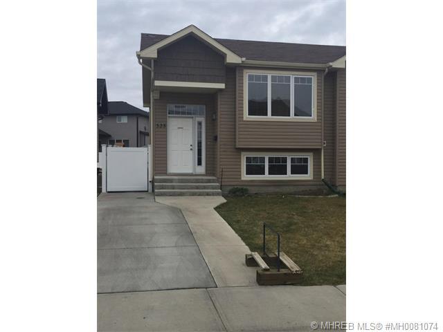 Real Estate Listing MLS 0081074