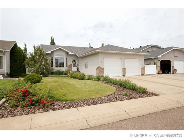 Real Estate Listing MLS 0085733