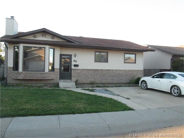 Real Estate Listing MLS 0087820