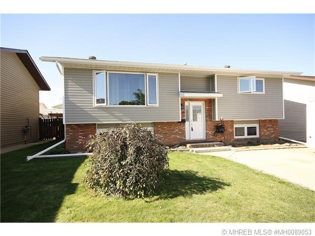 Real Estate Listing MLS 0089053