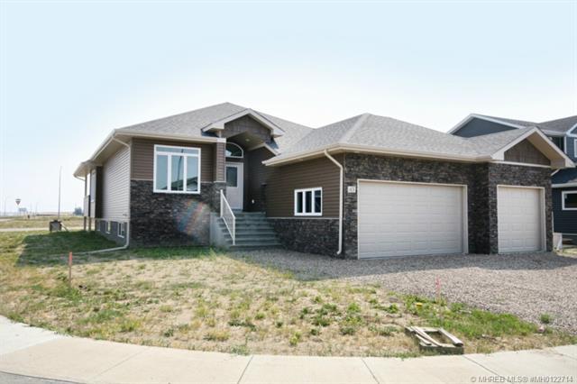 Real Estate Listing MLS 0122714