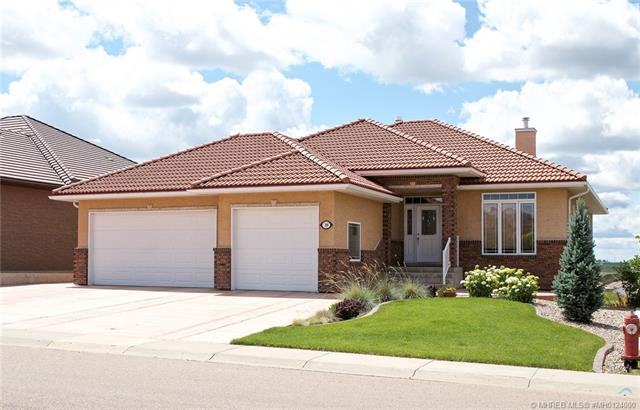 Real Estate Listing MLS 0124000