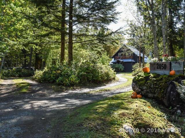 Real Estate Listing MLS 415679