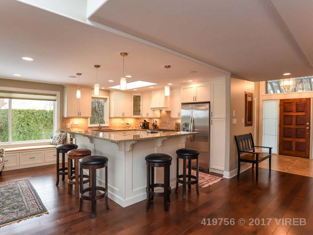 Real Estate Listing MLS 419756