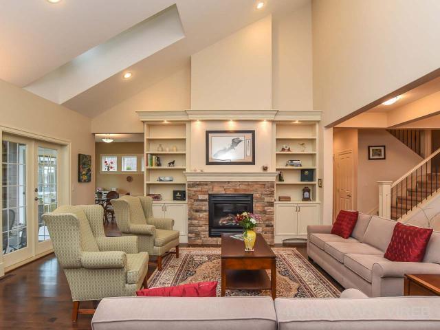 Real Estate Listing MLS 419951