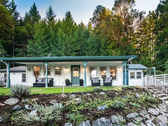 Real Estate Listing MLS 432061
