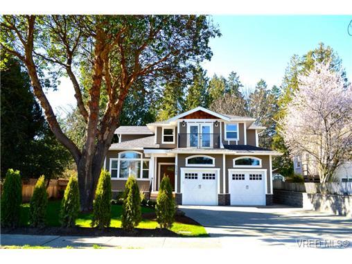 Real Estate Listing MLS 354423