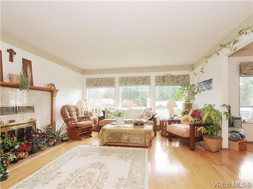 Real Estate Listing MLS 356942