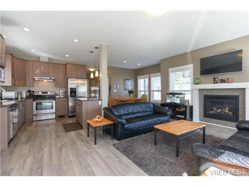 Real Estate Listing MLS 366244