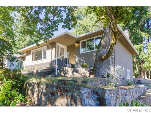 Real Estate Listing MLS 370232