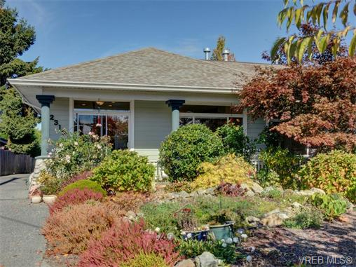 Real Estate Listing MLS 370851