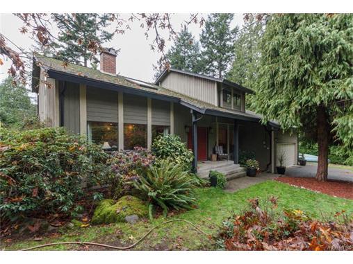 Real Estate Listing MLS 372444
