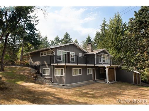 Real Estate Listing MLS 382406
