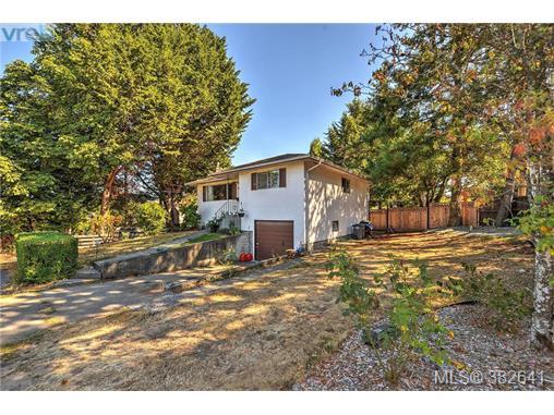 Real Estate Listing MLS 382641