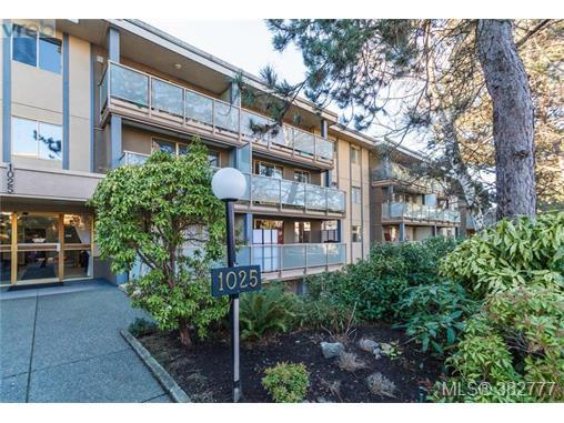 Real Estate Listing MLS 382777