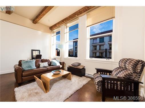Real Estate Listing MLS 386598