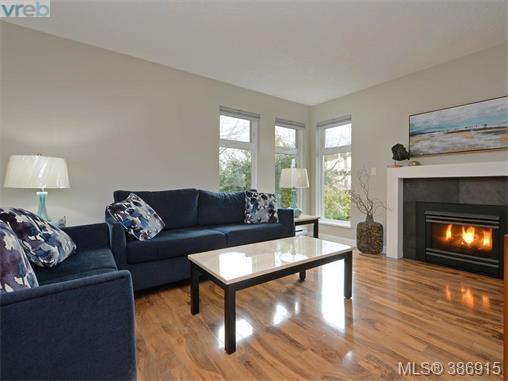 Real Estate Listing MLS 386915