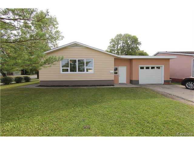 Real Estate Listing MLS 1725429