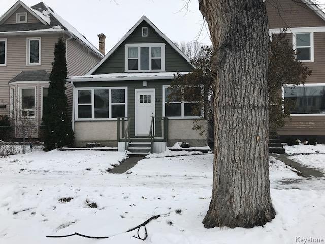Real Estate Listing MLS 1725467