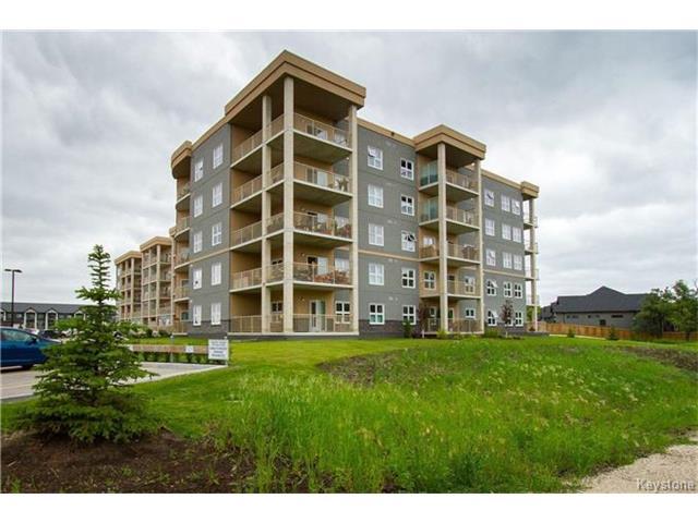 Real Estate Listing MLS 1725543
